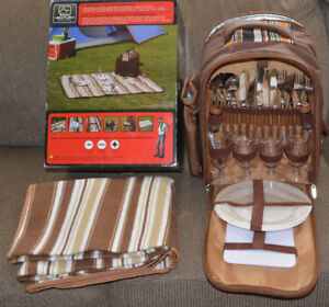 Picnic Backpack - Set for four people - Brand New