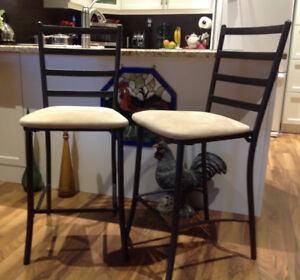 BAR/COUNTER CHAIRS