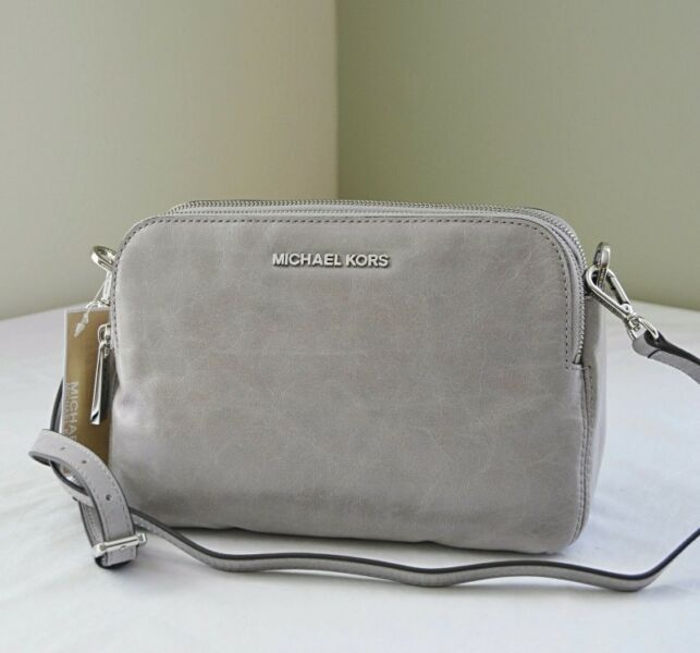 MICHAEL Michael KORS ALEXIS MEDIUM MESSENGER LEATHER HANDBAG