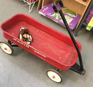 Radio flyer red wagon - child's wagon
