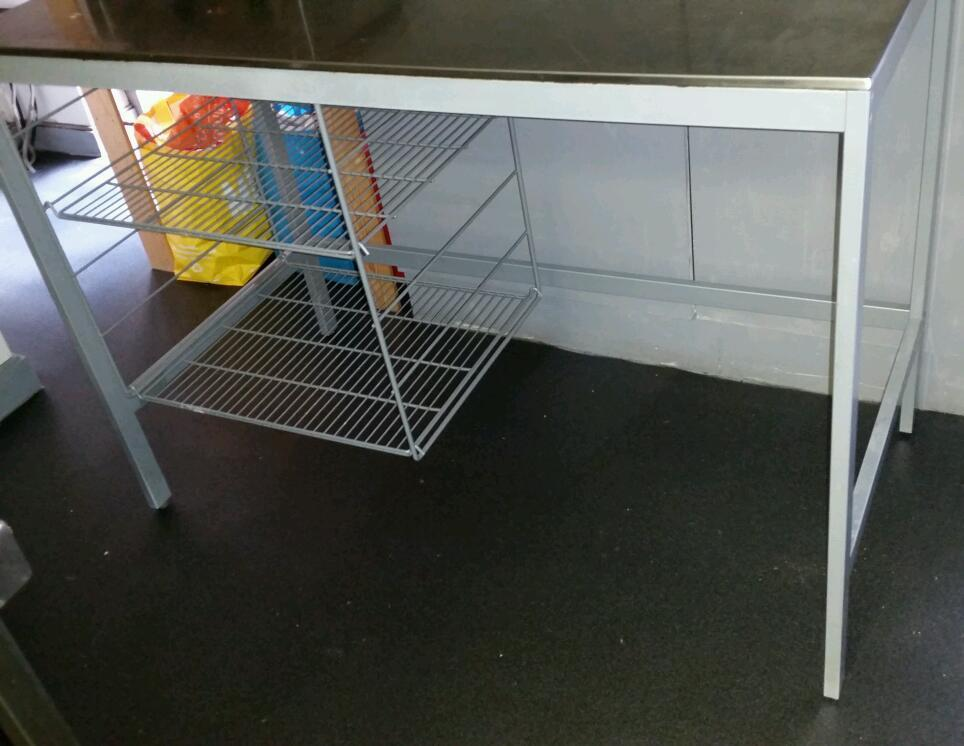 Various cateringkitchen metal tables availablein Salford, ManchesterGumtree - Catering / kitchen tables for sale £10 each. Contact for sizes available Collection from Manchester City centre Welcome to view