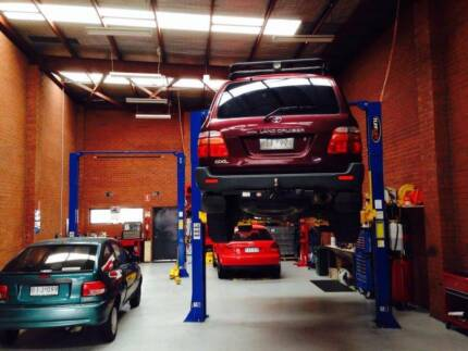 MElbourne auto tech  Road worthy Check in Thomastown from $100