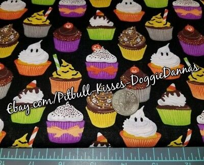 DOG BANDANA Over Collar XS-L CUPCAKES GOODIES TREATS HALLOWEEN Sweets Fall FUN  (Fun Halloween Cupcakes)