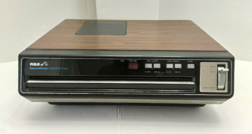 RCA SelectaVision With 27 Movies CED VideoDisc Player Model SFT 100 W