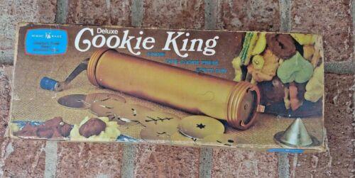 Vintage Nordic Wear Deluxe Cookie King Crank Type Press & Spritz Gun Made In USA