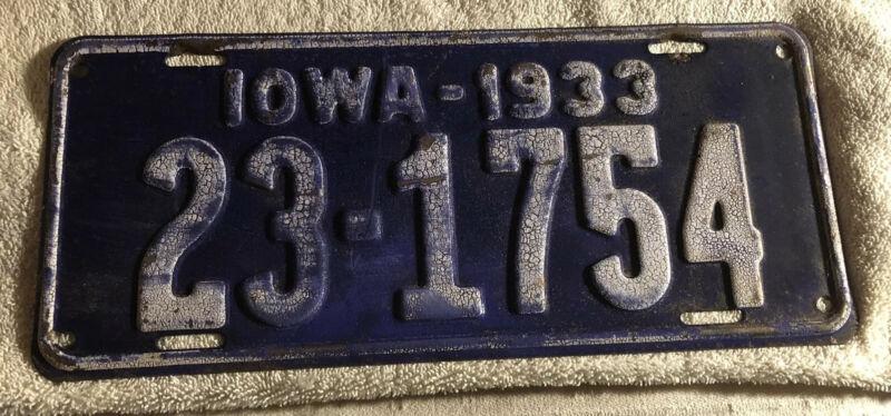 Iowa 1933 License Plate # 23-1754