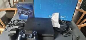 PS4 500GB Slim Console HDR Jet Black