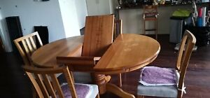 Sold solid Timber custom made extendable Dinning table with 4 chair