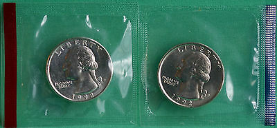 1992 P & D WASHINGTON QUARTER TWO COINS FROM US MINT UNCIRCULATED SET BU CELLO