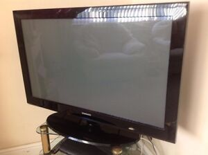 """42"""" plasma tv for sale for parts or repair"""