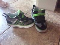 Brand new heelys shoes youth 12