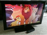 "LG 32"" LCD 1080p Full HD TV with Built in Freeview Excellent Condition Fully Working with Remote"