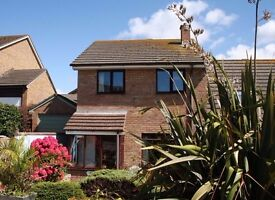 3 Bedroom House to Rent in Pentire, Newquay, £900 p/m plus bills (pet friendly)