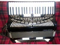 Rare vintage 120 BASS PIANO ACCORDION I.Busilaccio MADE IN ITALY WITH original hard case