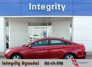 2014 Hyundai Sonata GL FULLY CERTIFIED!!!