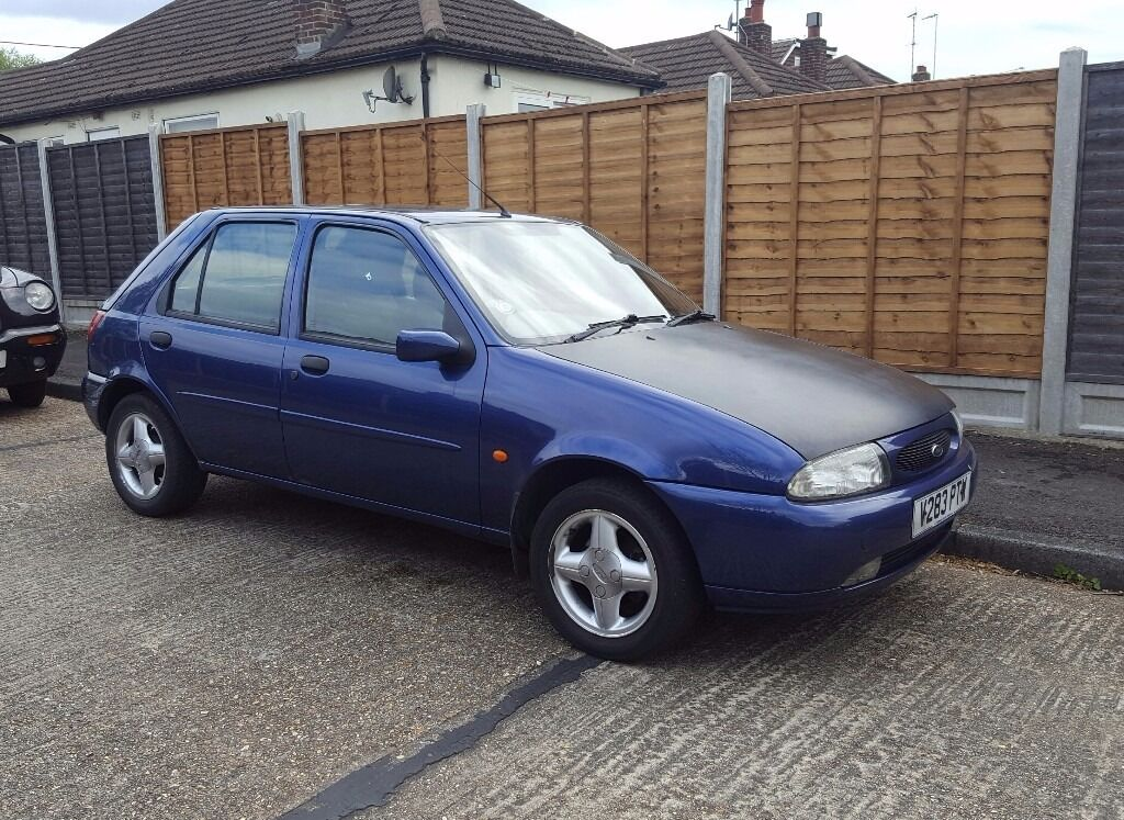 ford fiesta zetec 1 2 mk4 1999 in pilgrims hatch essex gumtree. Black Bedroom Furniture Sets. Home Design Ideas