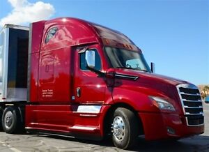 2018 Freightliner NEW STYLE CASCADIA
