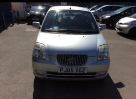 Kia Picanto LX 1.1 5 Door Hatchback Full service History long Mot 2 keys 1 Owner