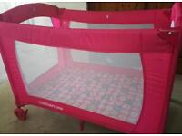 Reduced price : Mothercare travel cot, very good conditions!