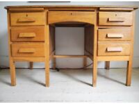 Vintage/mid century desk 6 drawers, pull out shelves needs repairs