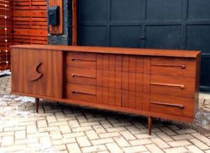 REFINISHED Mid Century Modern Walnut 9 Drawer Dresser Credenza Sideboard 3-Dimensional 7 ft