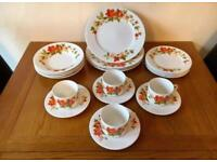 Vintage Retro 1970's Dinner Service COLLECT LEEDS