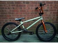"""Gt bikes Zone bmx bike,20""""wheels,full giro stunt steering,three piece of crank"""