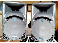 Mackie C300z Pair PA Speakers and working perfectly