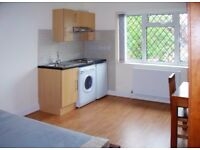 LOVELY SELF CONTAINED STUDIO FLAT IN EDGWARE FOR £775 WITH ALL UTILITIES & COUNCIL TAX INCLUDED!