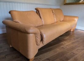 Stressless reclining leather 3-Seater sofa Tan