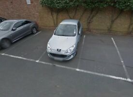 Parking Space in Hanger Lane, W5, London (SP41474)