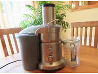 Top of the range Sage BJE820UK Nutri Juicer Pro. New it costs approx £290. Excellent Juicer