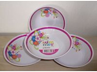 NEW Set of 4 Picnic Plastic BBQ Party Bowls Dishes Pink Floral Melamine