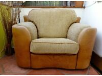 Swivel Cuddle Chair. Immaculate Condition