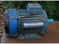 Plodder motor with 28 mm drive shaft.