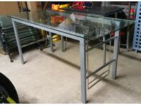 Glass computer/office desk - 150cm x 70cm x 75cm