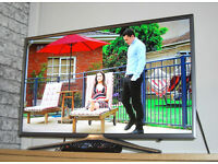 "Samsung UE32K5500 Titan 32"" Full HD Smart LED TV Built-in WiFi & Freeview HD 400 PQI"