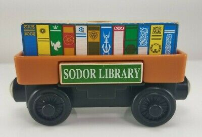 2003 Thomas & Friends Wooden Railway Sodor Library Pop Out Cargo Train Car Books