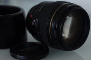 Canon 85mm f 1.8 lens