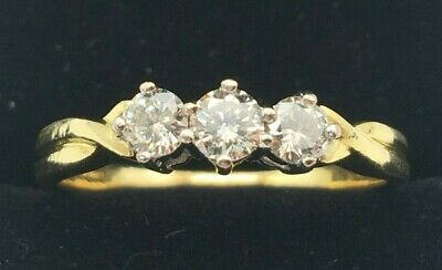 18ct Gold 0.75Ct Superb Three-Stone Diamond Trilogy Engagement Ring Size S