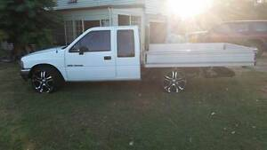 1989 Holden Rodeo Ute Sharon Bundaberg Surrounds Preview