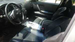 INFINITI FX35  2004 please call or text 416 564 2852