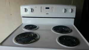 White Electric Stove (can deliver)