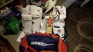 Complete cricket set Delacombe Ballarat City Preview