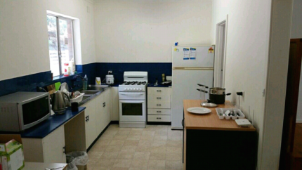 Beautiful Furnished Rooms for Rent - near Flinders Medical & Uni