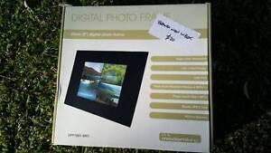 Digital Photo Frame BNIB Vineyard Hawkesbury Area Preview