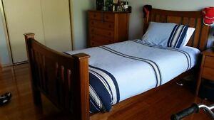 King Single Bedroom. Suite Strathmore Moonee Valley Preview