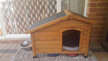 Timber Dog House (Small Dogs)
