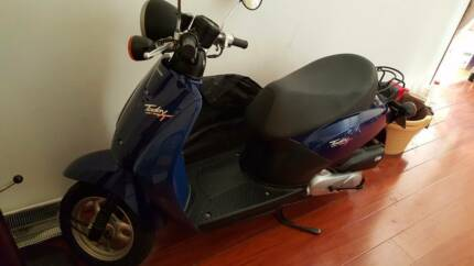 Honda Moped 50cc 2012 VGC 72xxkm first see will buy free helmet Mandurah Mandurah Area Preview