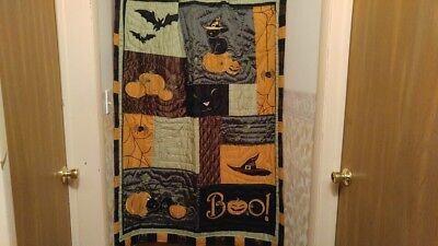 Pre Halloween (Halloween Quilt with matching Pillow-Pre-owned/ Mint condition-Coldwater Creek)